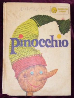 Image for Pinocchio/The Adventures of Robin Hood : A Flip book